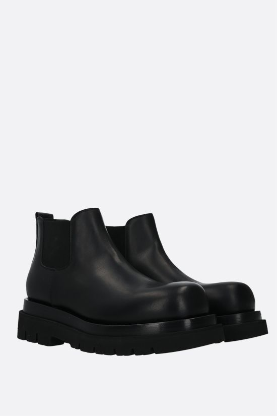 BOTTEGA VENETA: BV Lug smooth leather cheslea boots Color Black_2