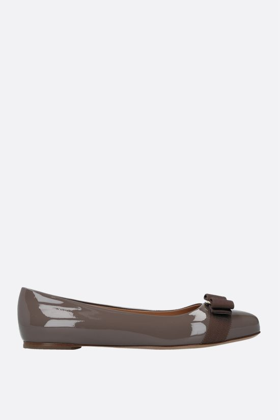 SALVATORE FERRAGAMO: Varina patent leather ballerinas Color Brown_1