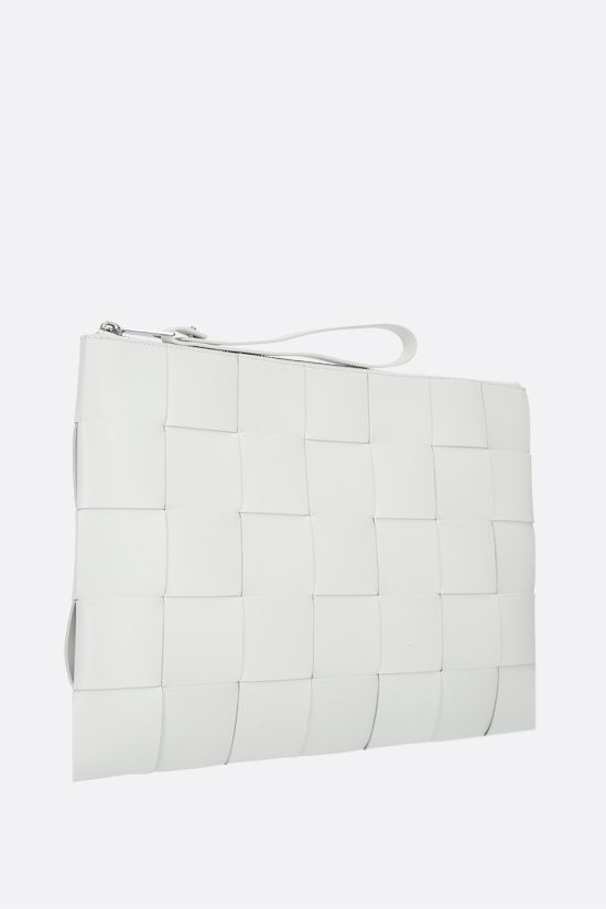 BOTTEGA VENETA: Maxi Intrecciato clutch Color White_2