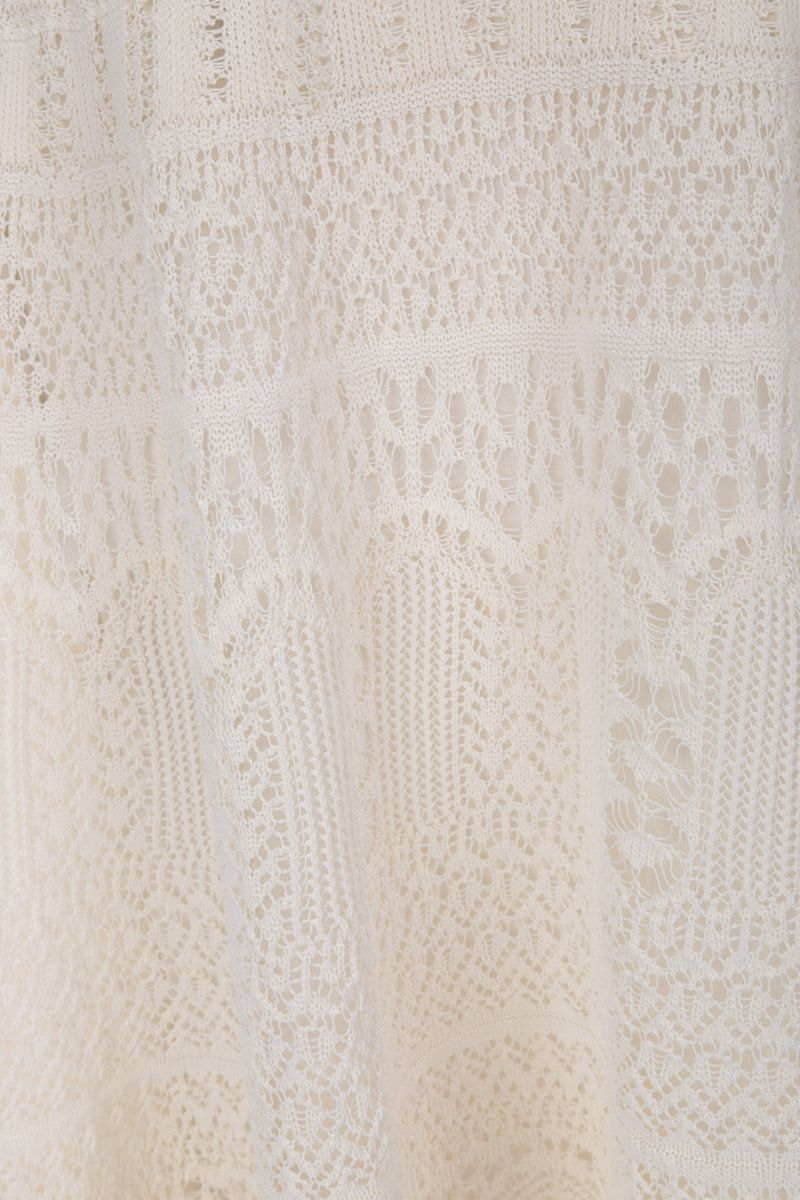 ALEXANDER McQUEEN: engineered lace knitted long dress Color White_3
