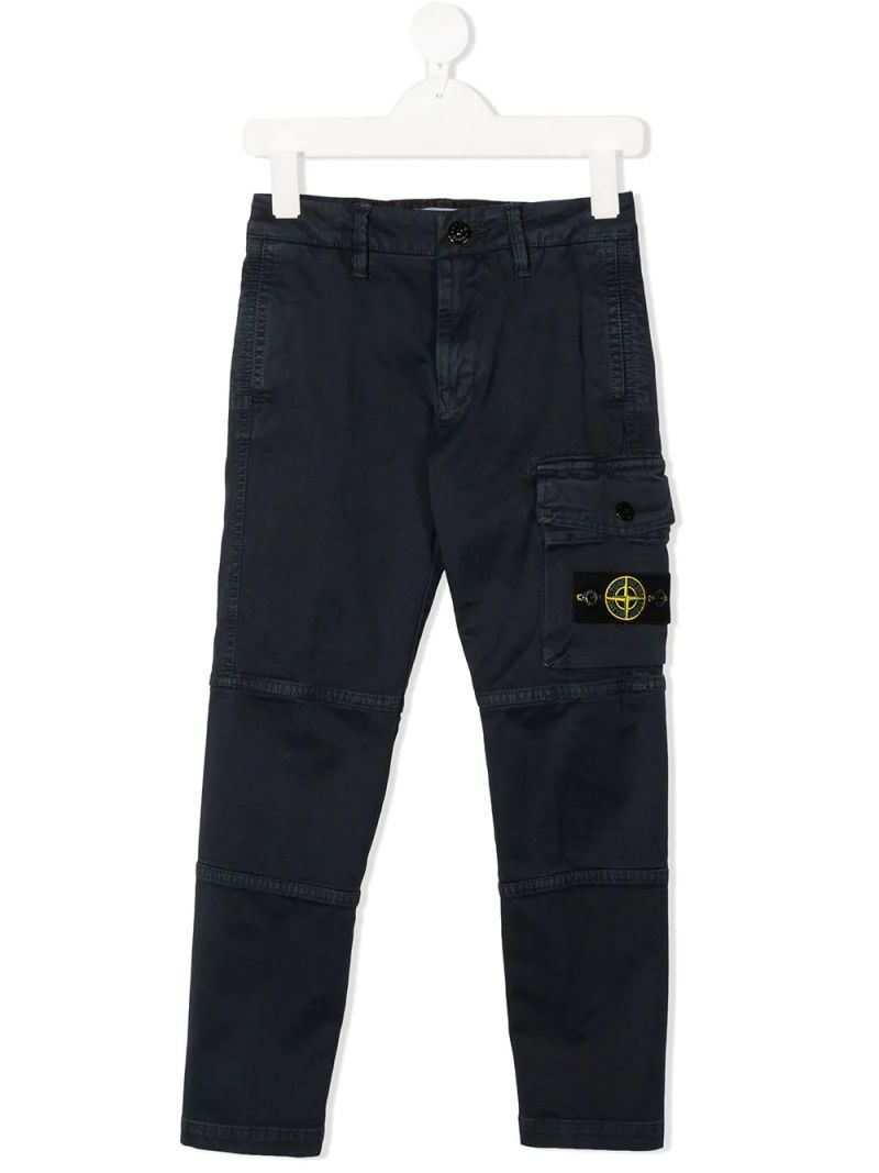 STONE ISLAND JUNIOR: logo badge-detailed stretch cotton cargo pants Color Blue_1