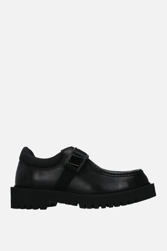 VALENTINO GARAVANI: VLTN buckle-detailed smooth leather loafers Color Black_1