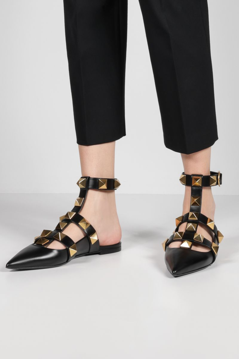 VALENTINO GARAVANI: Roman Stud smooth leather ballerinas Color Black_2