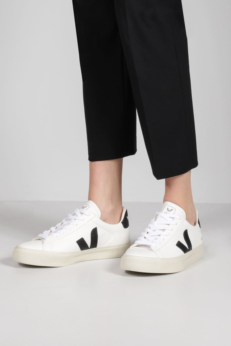 VEJA: Campo grainy leather sneakers Color Grey_2