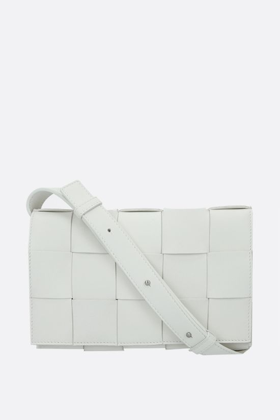 BOTTEGA VENETA: Cassette Maxi Intrecciato nappa shoulder bag Color White_1