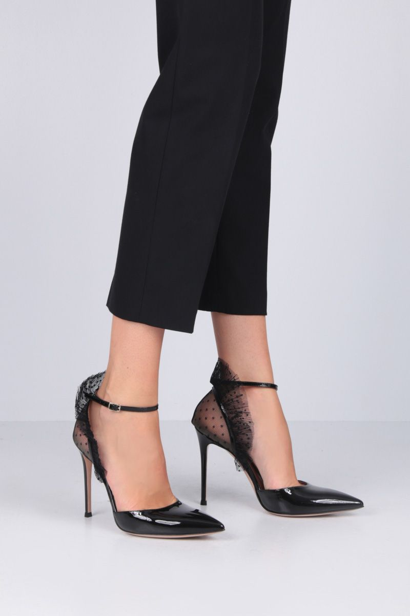 GIANVITO ROSSI: Beatrice pumps in patent leather and tulle Color Black_2