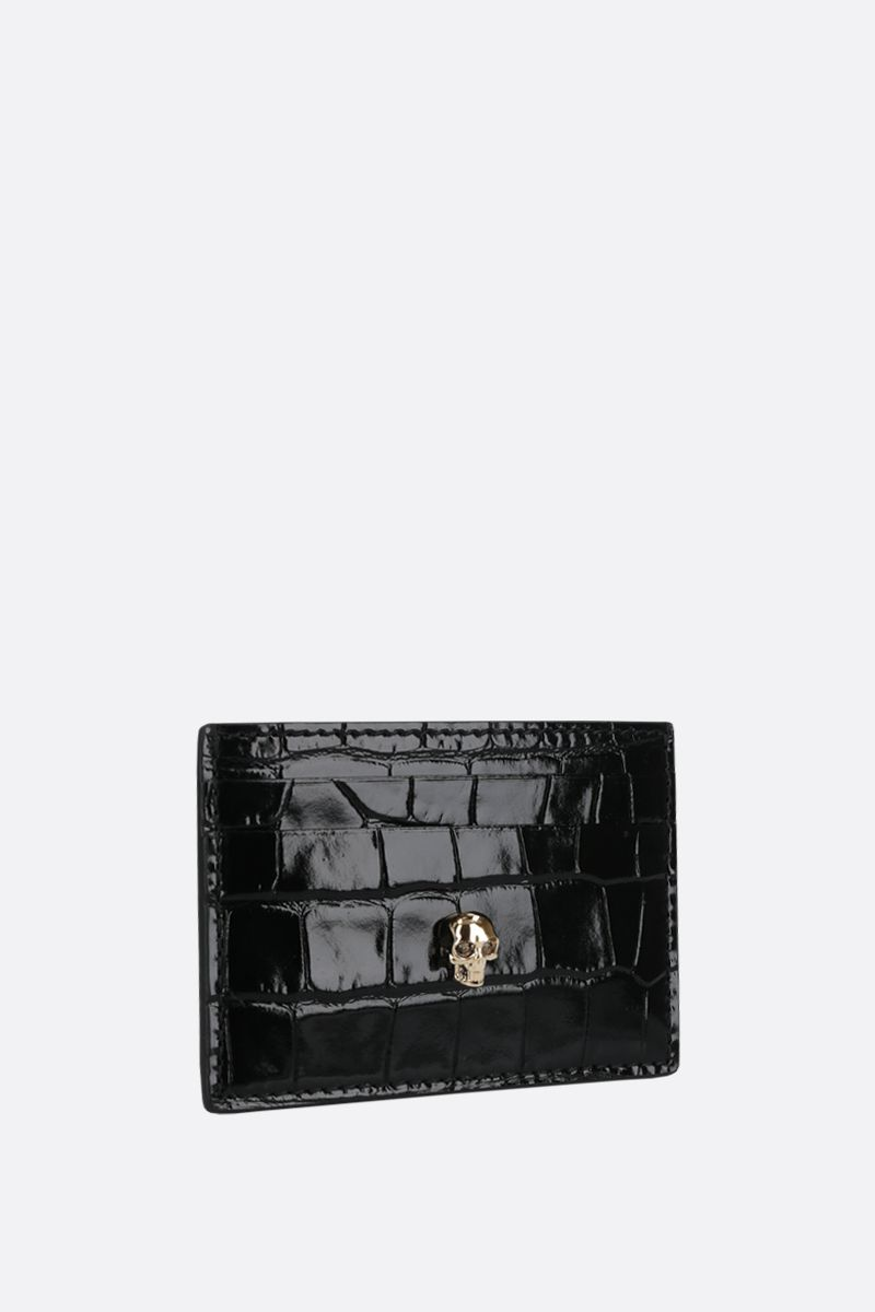 ALEXANDER McQUEEN: Skull-detailed crocodile embossed leather card case Color Black_2